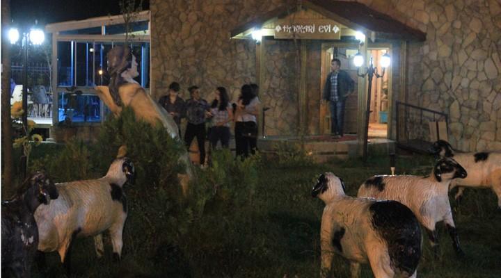 Hakkari Evi'ne Ramazan gecelerinde yoğun ilgi