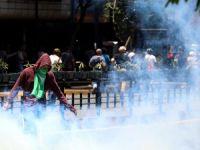 Venezuela'da darbe girişiminin bilançosu: 1 ölü, 119 yaralı