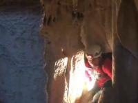 Cisad dağcıları Sümbül mağarasında