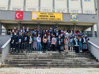 Hakkari Önder'den eğitime destek